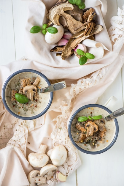 Mushroom cream soup Premium Photo