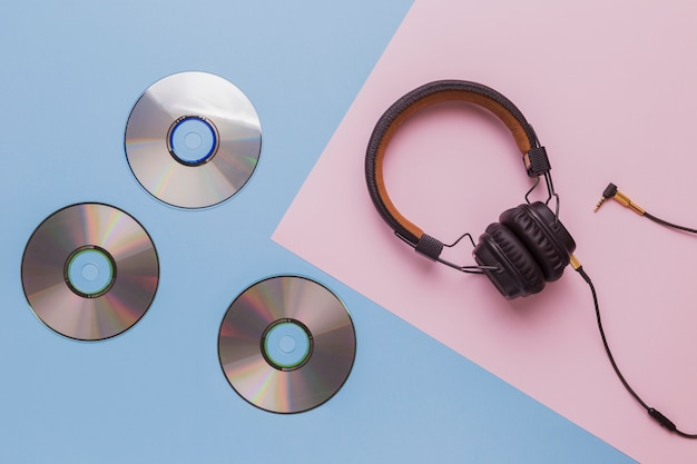 Music cds with headphones Photo | Free Download