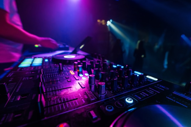 Music mixer dj controller board for professional mixing of electronic music Premium Photo