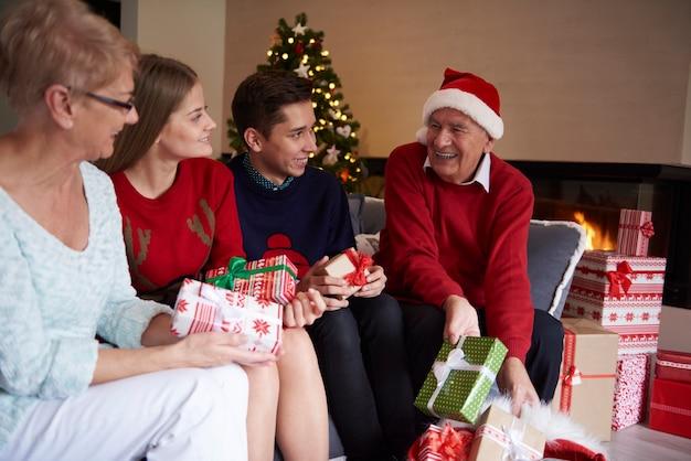 Мои дети! пора подарков! Бесплатные Фотографии