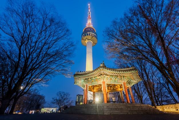 Premium Photo Namsan Mountain Seoul Tower At Night In Seoul South Korea