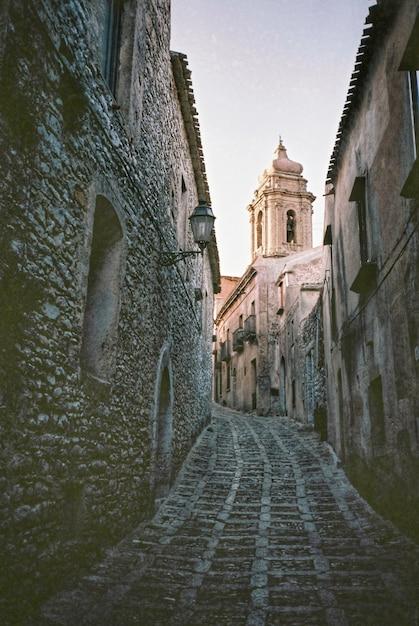 Narrow alleyway in italy Free Photo