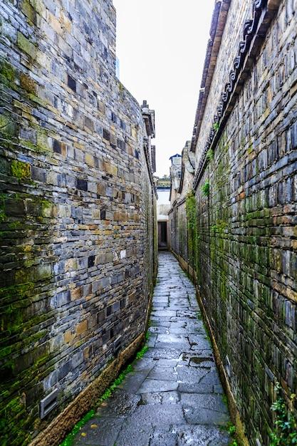narrow road photo free download