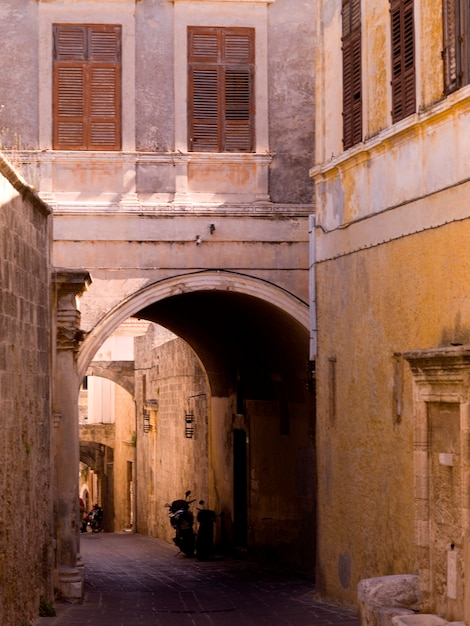 Narrow street in rhodes greece Premium Photo