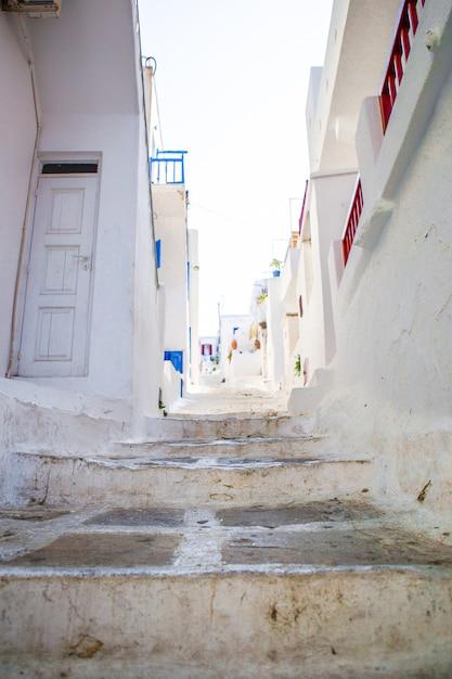 The narrow streets of greek islands Premium Photo
