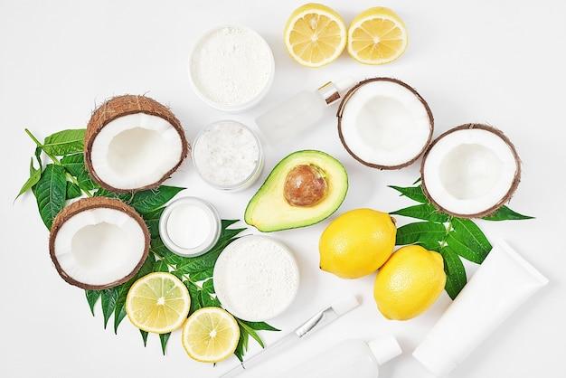 Натуральная органическая домашняя косметика с лимоном Premium Фотографии