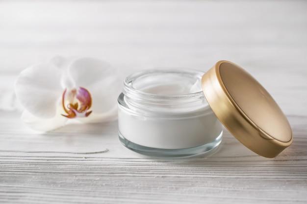 Natural organic skin care cosmetics Premium Photo