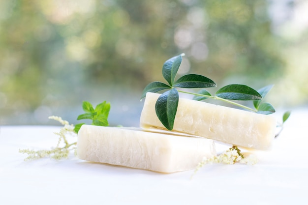 Natural spa soap with herbs Premium Photo