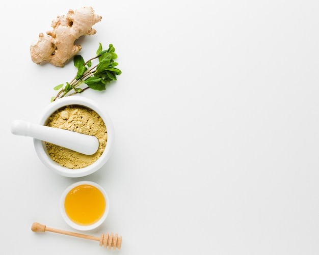 Natural treatment with honey and herbs Free Photo