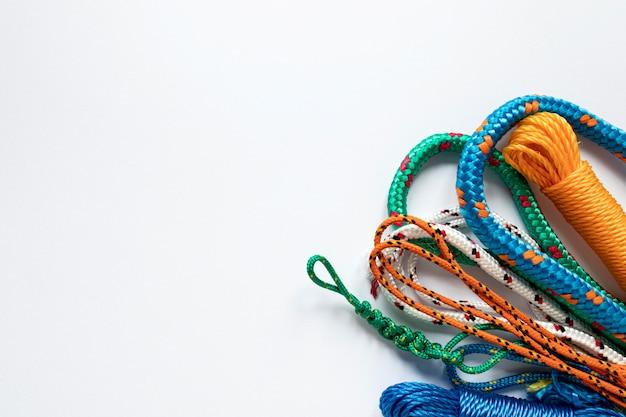 Морские веревочные узлы копируют плоскую планировку пространства Бесплатные Фотографии