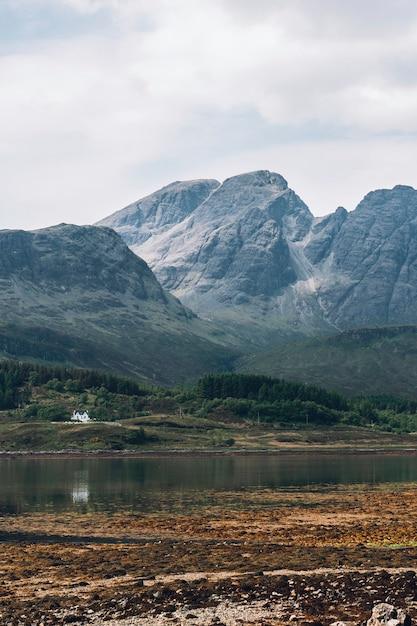 Vicino al villaggio di glencoe in scozia, regno unito Foto Gratuite