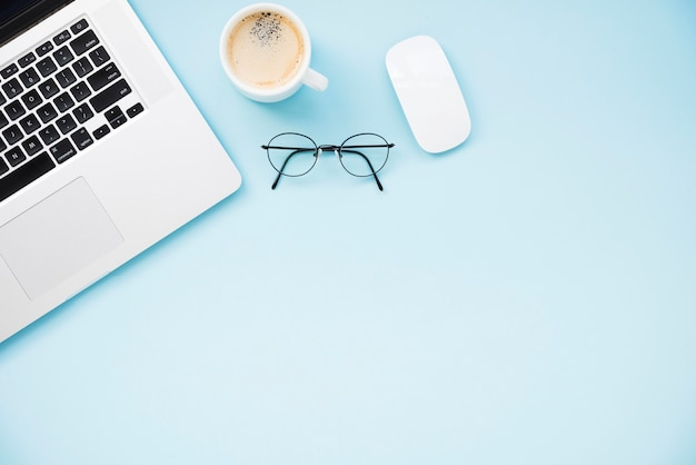 Neat and minimalist desk flat lay Free Photo
