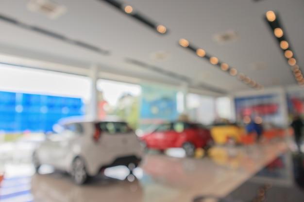 쇼룸에서 새로운 자동차 흐리게 Defocused 배경 프리미엄 사진