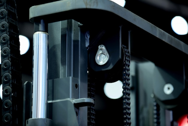 New machine manufacturers and importers for heavy industry