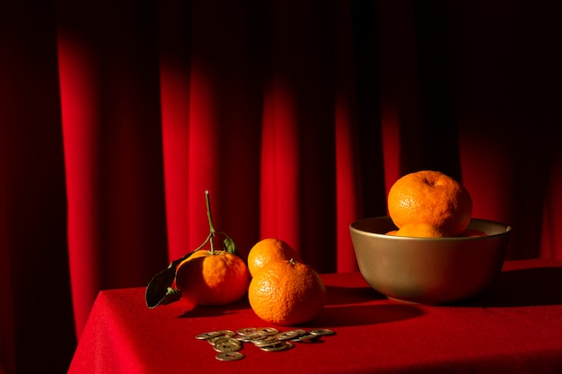Новогодняя китайская 2021 композиция из апельсинов Бесплатные Фотографии