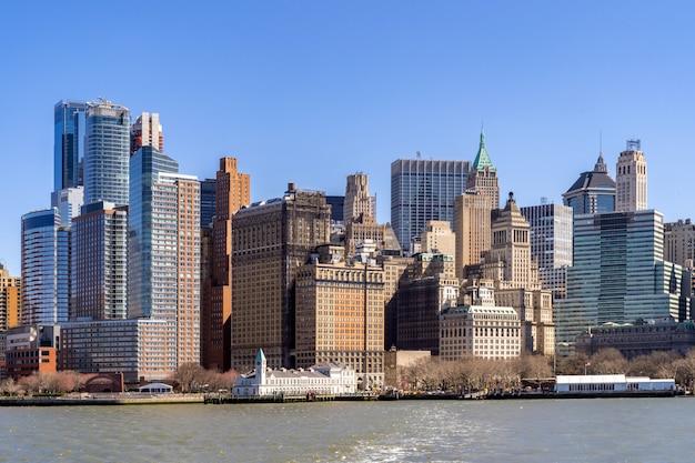 New york city lower manhattan skyline Premium Photo