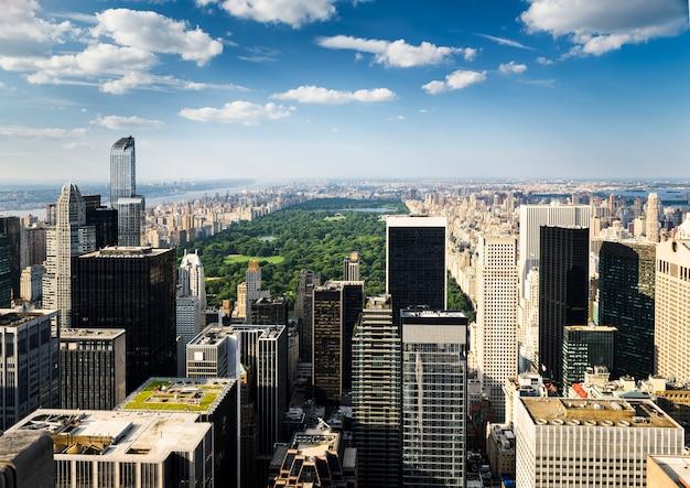 New york city skyline Premium Photo