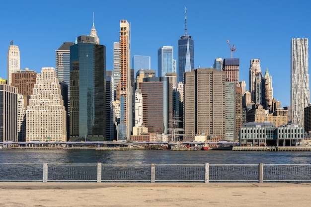 New york cityscape river side Premium Photo
