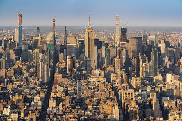 New york mid town Premium Photo