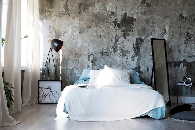 Красивая и минималистичная спальня в современном дизайне Premium Фотографии