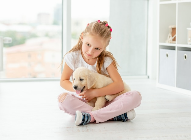 bikini-girl-holding-puppy-milf-daughter-pink