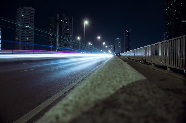 Night highway light trail Premium Photo