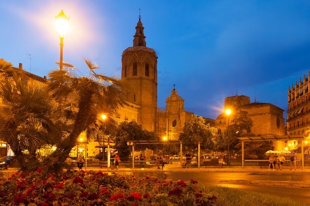 Night view of micalet tower and cathedral. valencia, spain Free Photo