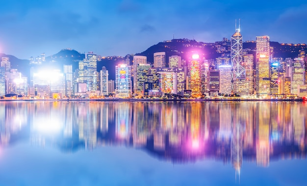 Nightscape and skyline of urban architecture in hong kong Premium Photo
