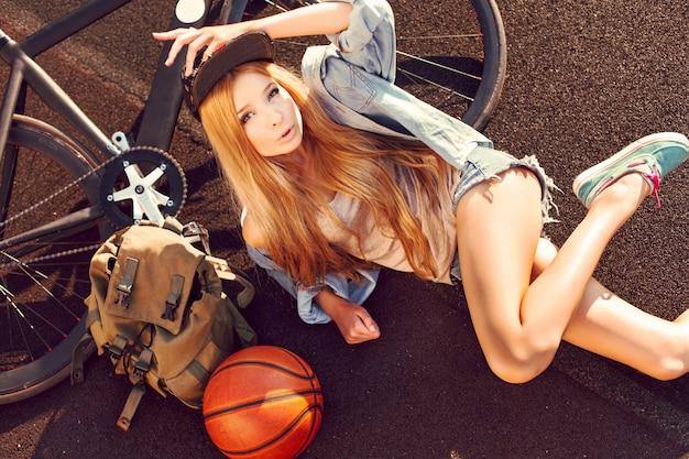 блондинка сверху фото