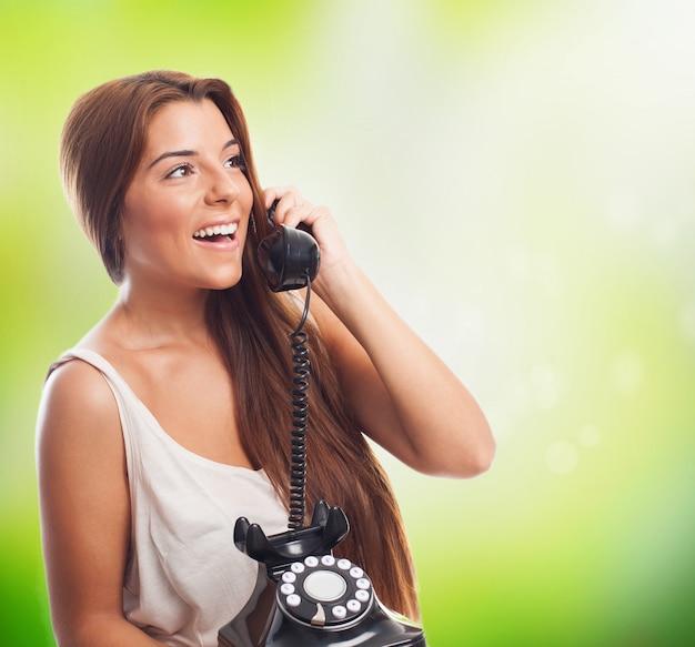 Вызов по телефону девушек