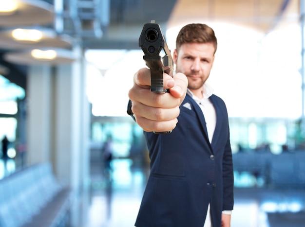 若いビジネスマン怒った表情 無料写真
