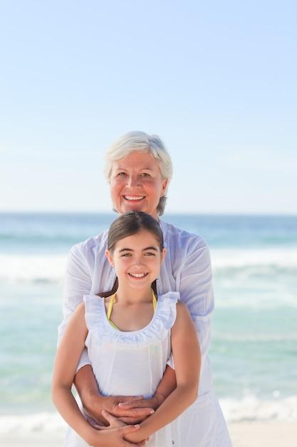 Поиски бабушки с внучкой