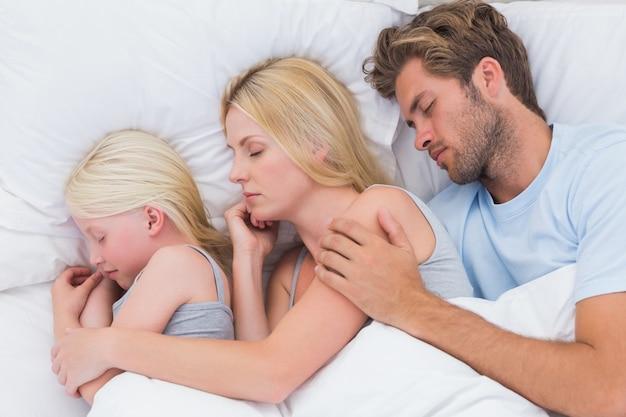 Отец как дочь молоденькую свою порно онлайн ебёт ролики