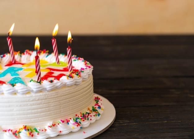 ハッピーバースデーケーキ 写真素材 無料ダウンロード