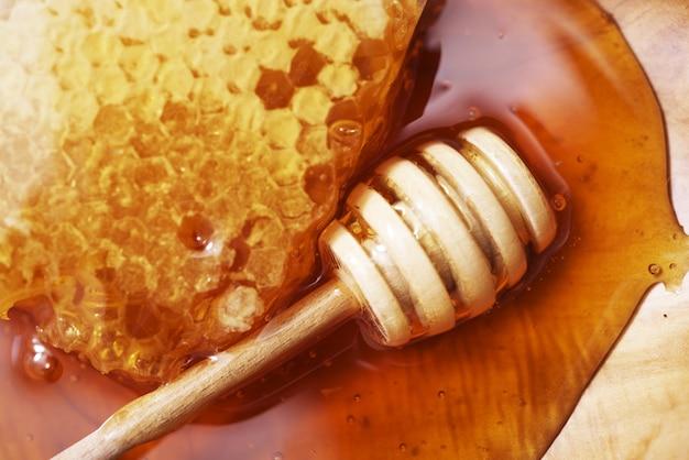 Маски из меда для сухой кожи лица