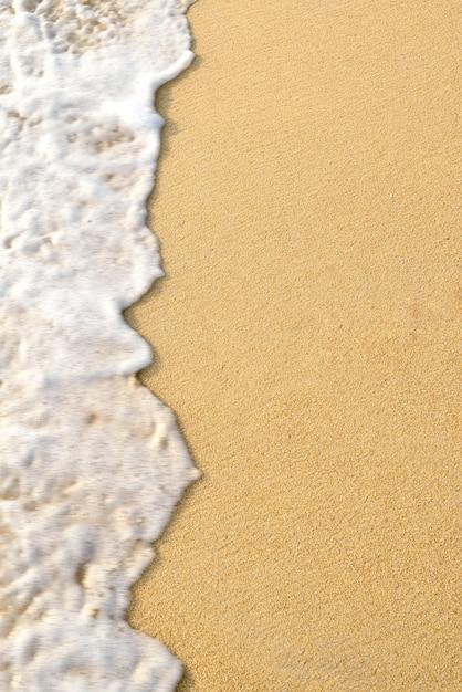 波の砂 Premium写真