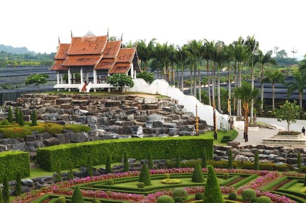 Nongnooch tropical botanical garden, pattaya, thailand Premium Photo