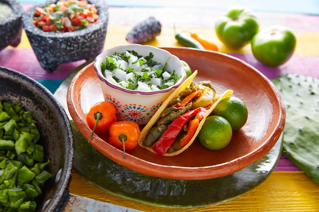Nopal taco mexican food with chili pepper Premium Photo