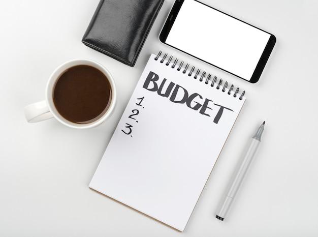 Notebook per il calcolo del budget Foto Gratuite