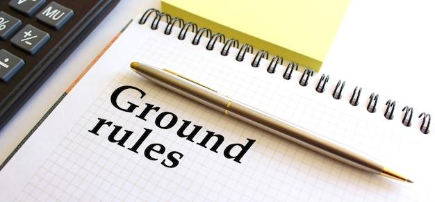 Блокнот с текстом основные правила. бизнес-концепция. Premium Фотографии