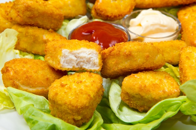 Nuggets Premium Photo