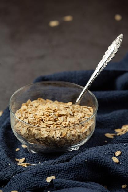 エンバク穀物と小麦のスプール 無料写真