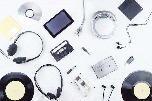 Objects for audio recordings Premium Photo