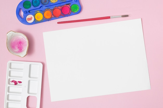 Office desktop with drawing materials Free Photo