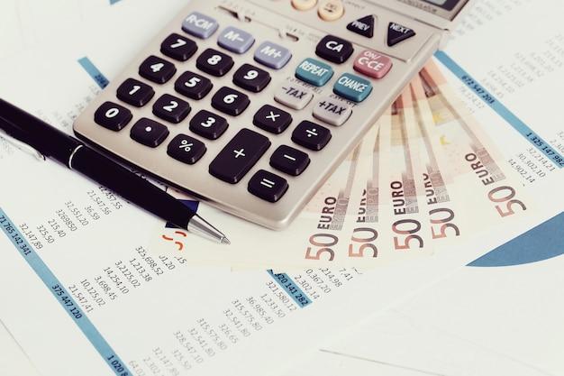 Tome cuidado com a tributação dos ativos estrangeiros e não esqueça de declarar os investimentos no exterior no seu Imposto de Renda 2021, as multas podem ser pesadas!