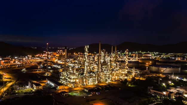 Oil refinery industry at night Premium Photo