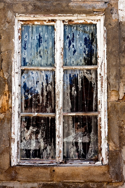 Old decaying window Premium Photo