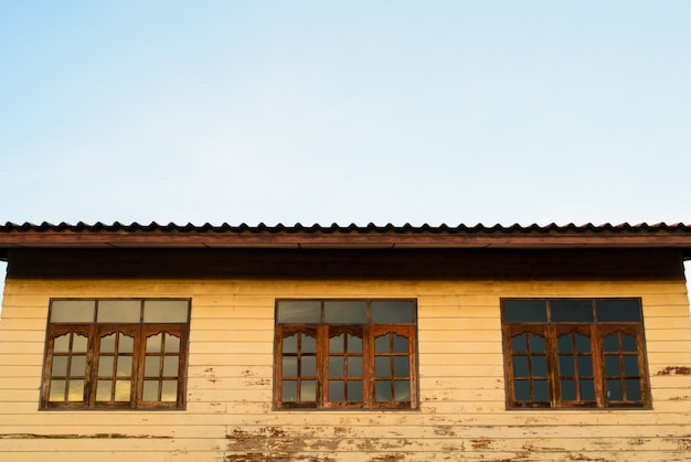 Old house Premium Photo