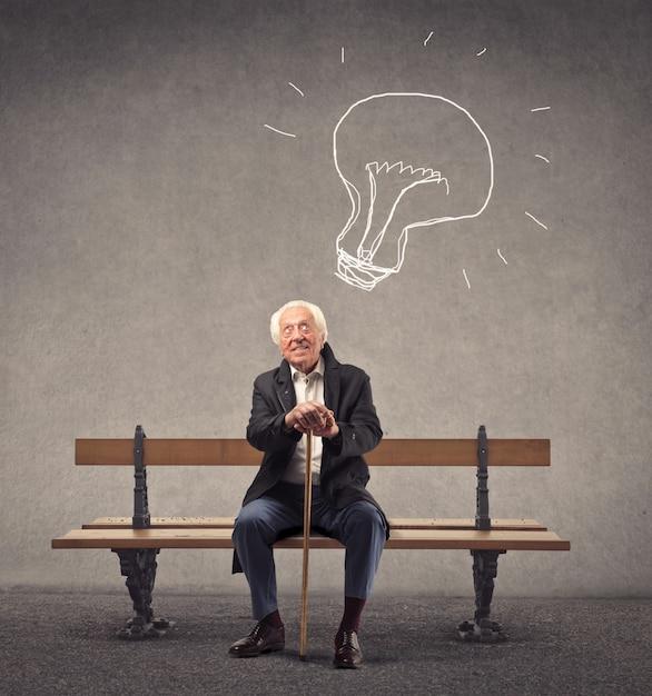 Old man having a great idea Premium Photo