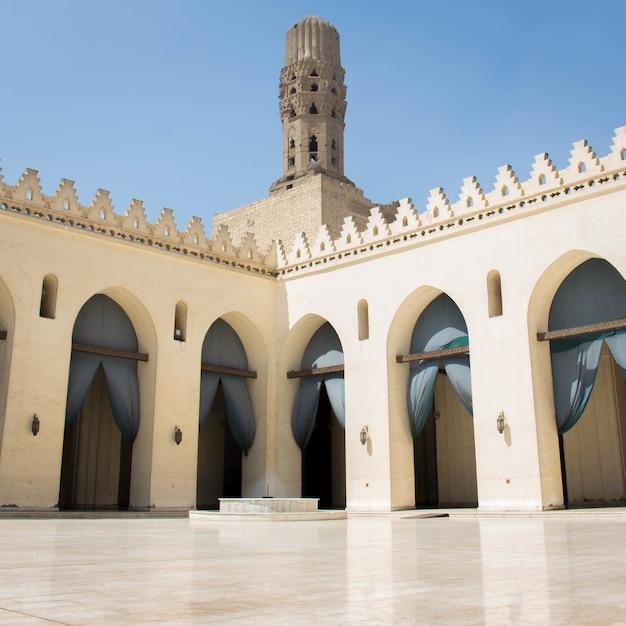カイロエジプトの古いモスク 無料写真